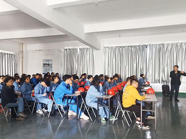 扬州大学学生参观(2)